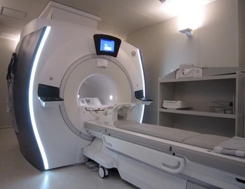 MRI検査装置(3.0TMRI)の写真