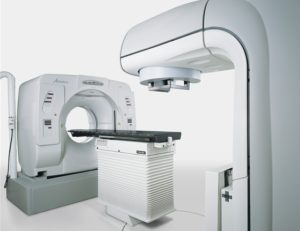 線形加速器システム(ライナック)装置の画像